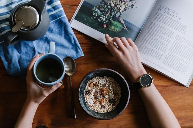 snídaně ke čtení