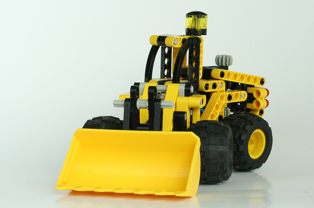 Zeux od LEGO® Technic Group a Volvo Construction Equipment